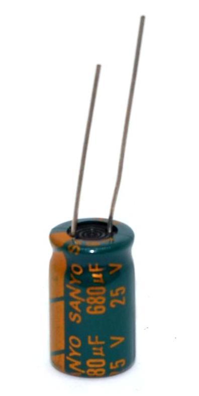 Конденсатор 25V 680UF